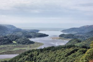 L'estuario del Mawddach river in Galles