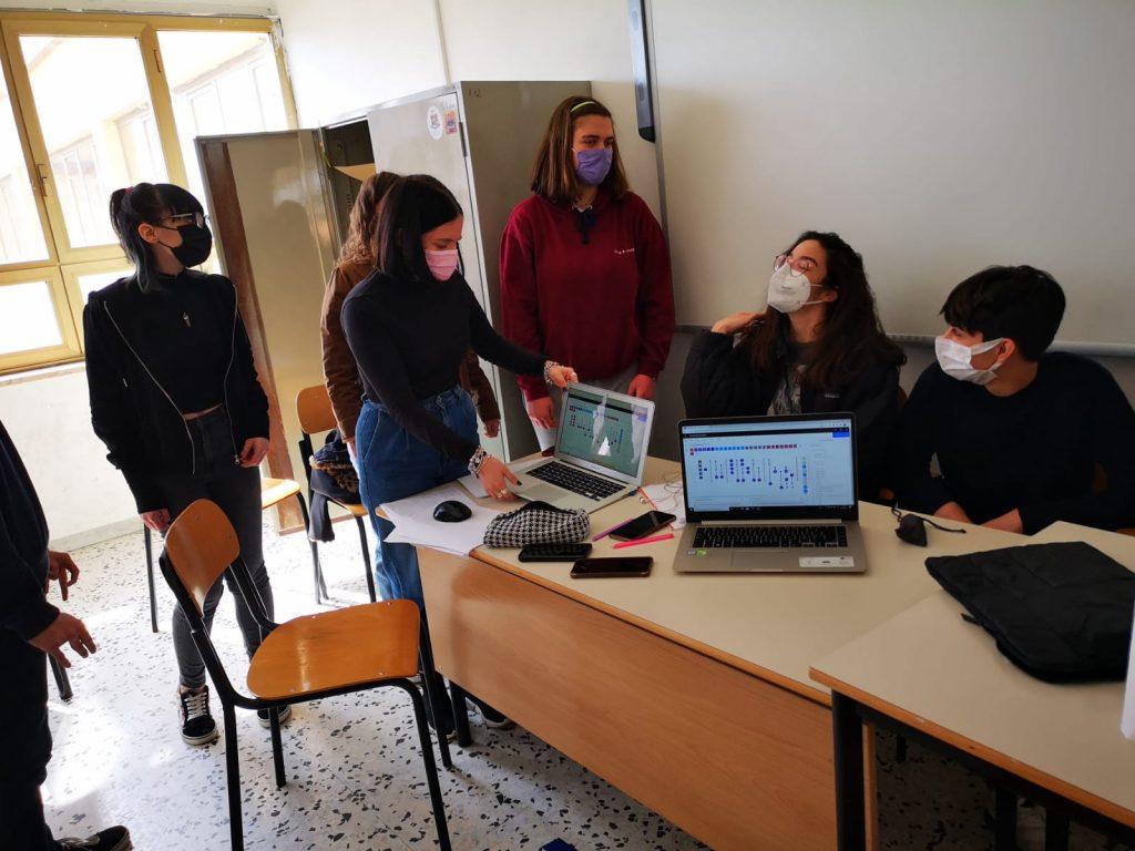 Il gruppo che ha sviluppato il laboratorio Giocare con i quanti